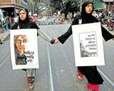 Delhi gang-rape victim's father wants her named