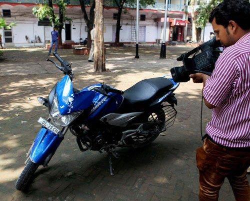 Biker killed in Police firing in New Delhi