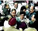 BJP-SP scuffle as Liberhan report tabled in Parliament