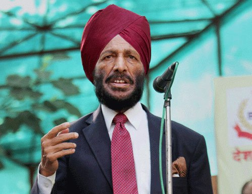 Milkha's wife, daughter join AAP, but he says no to politics