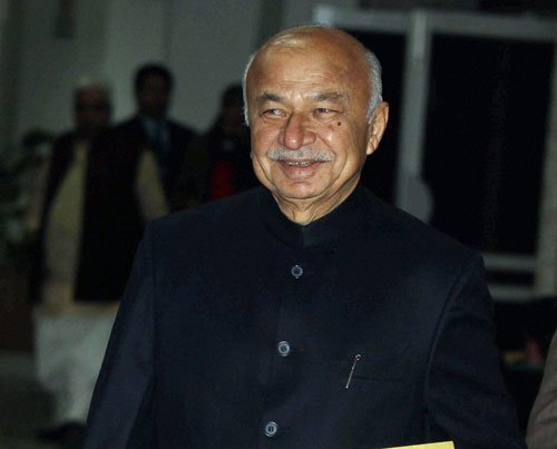 AAP failed to serve people, it's not Congress' fault: Shinde