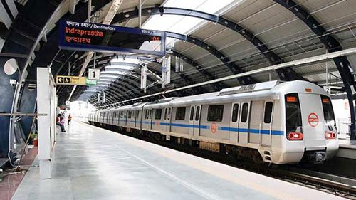 Run alternate service on Blue Line, demand Metro commuters