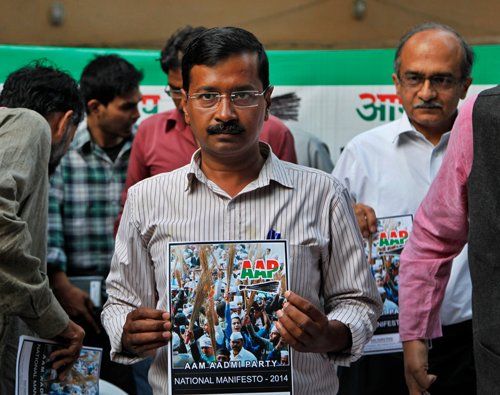Kejriwal releases AAP manifesto, says party is 'industry friendly'