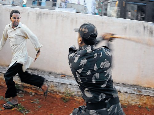 SDPI workers beat up Cong activists in Mysore