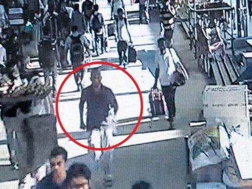 Chennai train blasts: Police looking for 'bald man'