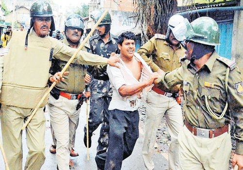 Tension in Belgaum over signboard removal