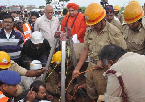 Bagalkot boy trapped in borewell confirmed dead, op called off
