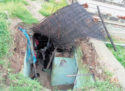 Roof collapse: Woman, daughter killed in Bellary