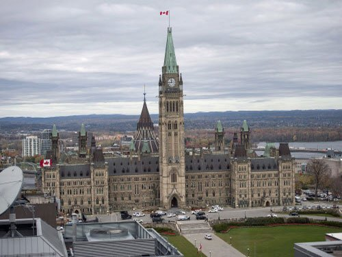 US air defence forces on alert after attack on Canadian parliament