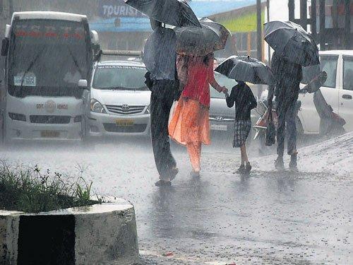 Rain lashes Shivamogga,  Hubli-Dharwad