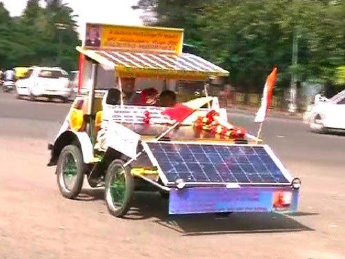 Kolar man travels 3K km by self-made solar car