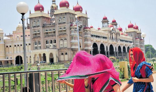 Soaring heat no reason to stop tourist flow to Mysuru