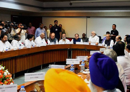On eve of Parliament session, PM reaches out to opposition