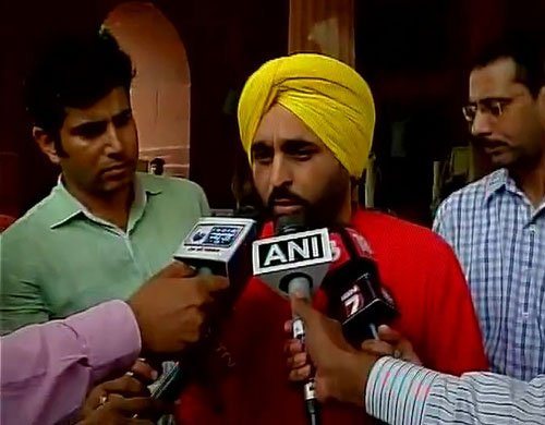 AAP MP Mann apologises for Parliament video, Speaker not impressed