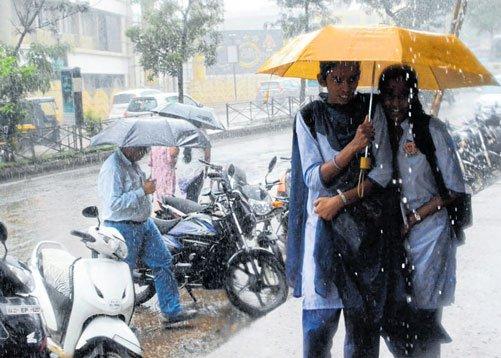 Heavy rains lash Dharwad
