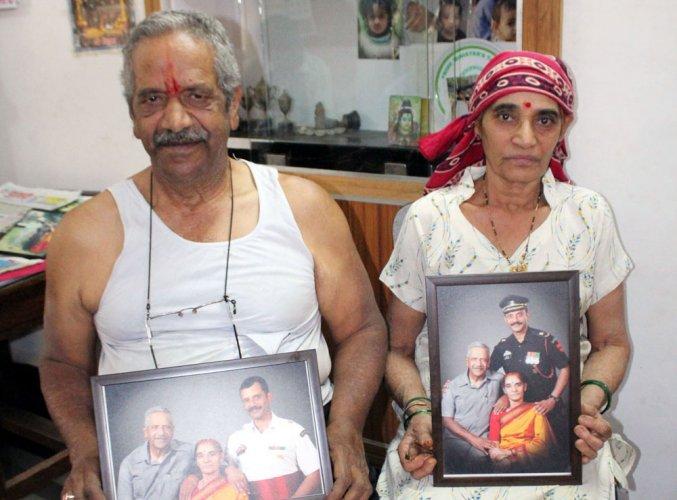 Soldier from Hassan dies, Belagavi trooper survives J&K avalanche