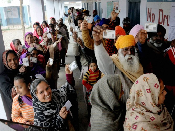 Cong wins 38 seats, leading in 39; AAP win 13 seats