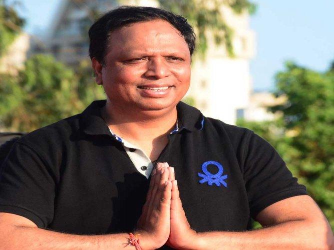AAP hurls allegations at Mumbai BJP chief