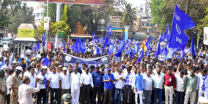 Dalits' rally turns violent in Belagavi