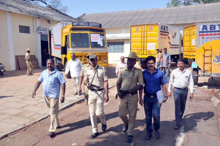 Ahead of elections, consignment of EVMs reaches Mysuru