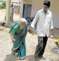 Kolar records 79 pc voting amidst rasta roko, lathi charge