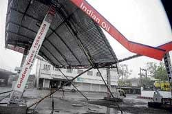 Rains wreak havoc in G'barga, Raichur