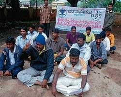 Smearing of human excreta: DSS stages stir in Chikmagalur