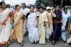 'Why Bellary? Walk to Delhi'