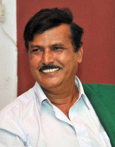 Kurubur Shanthakumar