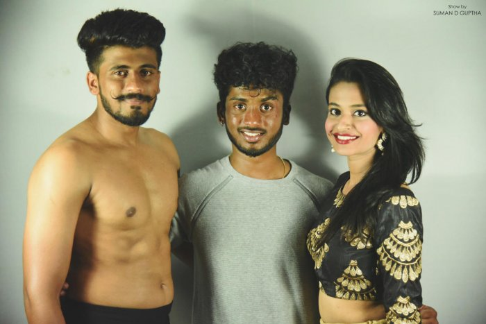 Fashionist Suman D Gupta seen with models, for whom he did choreography, in Mysuru, recently.
