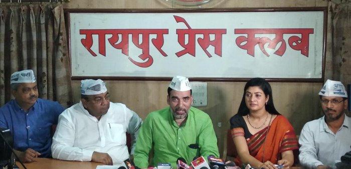 State AAP unit will start 'Jhaadu Chalao-Brashtachar Baghao' (Sweep Corruption Out) programme across Chhattisgarh on October 2.