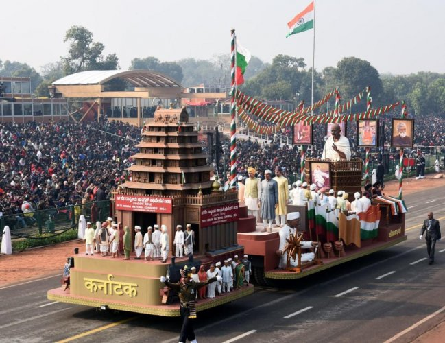 Karnataka's tableau, depicting the 1924 Belgaum Congress session, chaired by Mahatma Gandhi, will roll down the Rajpath on Republic Day parade.