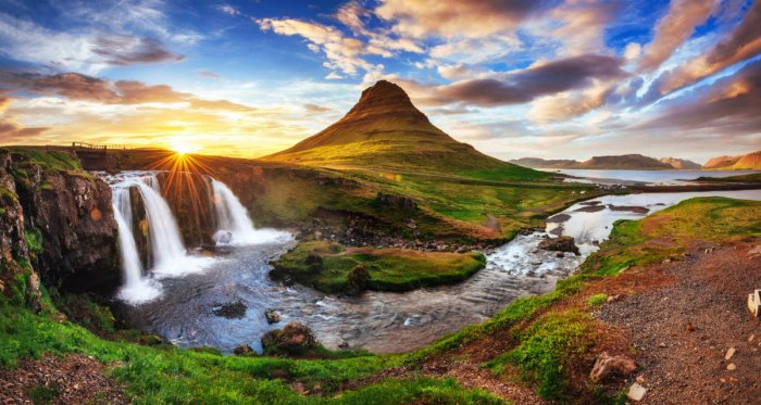 A picturesque sunset at Kirkjufell Mountain, Iceland