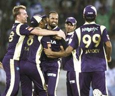 KKR and Redbacks clash as they search for first win