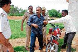 Raids net 9 fake doctors in Chikkaballapur