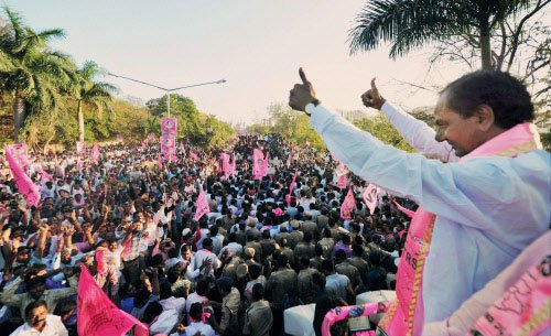 Alliance between Cong, TRS unlikely in Telangana