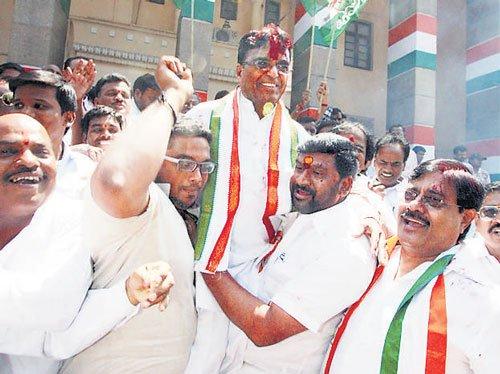Civic polls: Cong wins Telangana