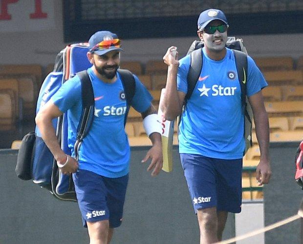Kohli slips one place, Ashwin back as top all-rounder
