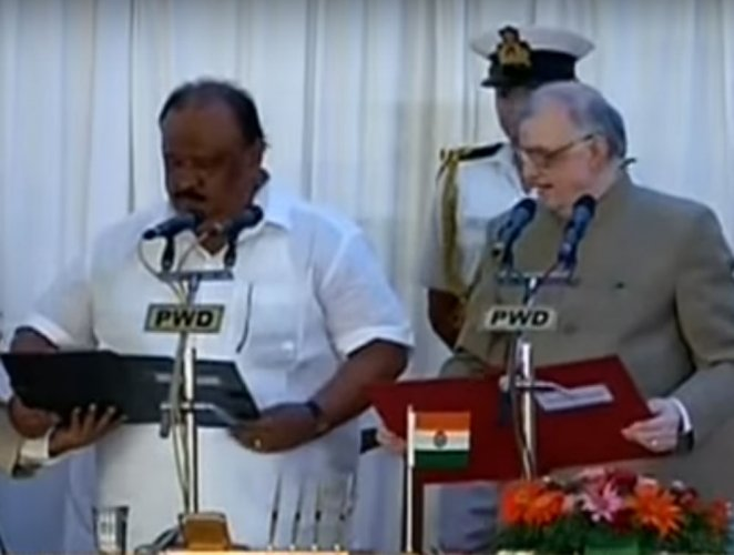Thomas Chandy sworn in as minister in Pinarayi Vijayan cabinet