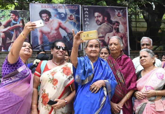 'Baahubali 2' welcomed with frenzy in Karnataka
