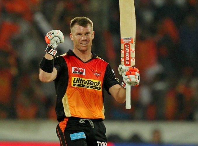 Warner's 126 powers Sunrisers Hyderabad to 209-3 against KKR