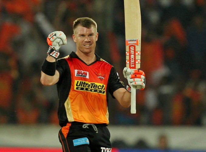 Ton-up Warner powers Sunrisers Hyderabad to 209-3 against KKR