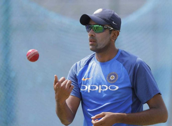 We will definitely try to get Ashwin back in CSK: Dhoni