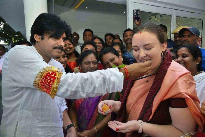 Pawan Kalyan begins political Yatra from Telangana