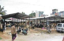 Market area in Chikkaballapur is a scene of chaos