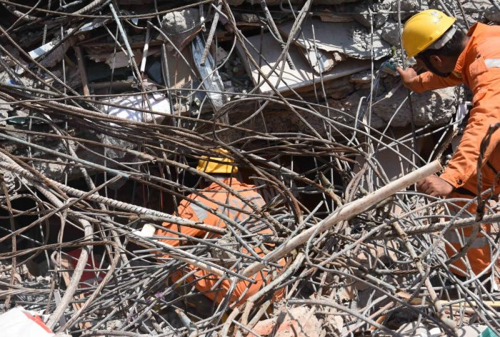 The rescue team pulled out another body from the debris at the building collapse site here in the wee hours of Sunday. With this, the total death toll climbed to 16.
