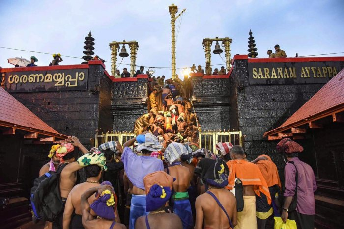A division bench, comprising justices P R Ramachandra Menon and N Anil Kumar, questioned the alleged police excesses anditsauthority to prevent the devotees from entering the Sannidhanam. PTI file photo