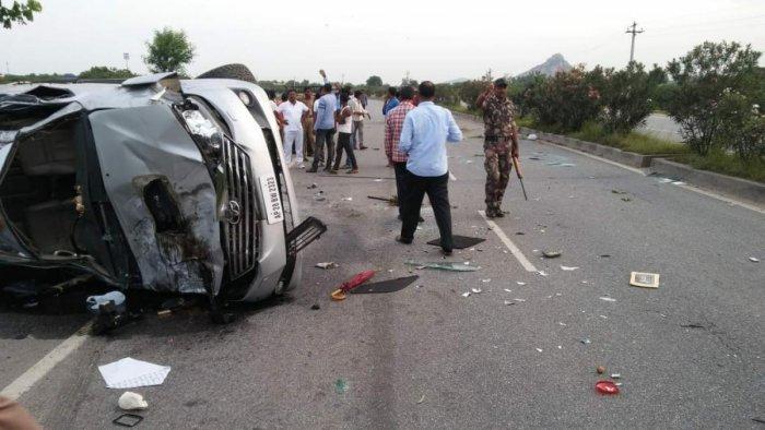Nandamuri Harikrishna, son of Telugu cinema giant and thrice chief minister of undivided Andhra Pradesh N T Ramarao, died in a car crash in Telengana's Nalgonda district on August 29. (DH File Photo)