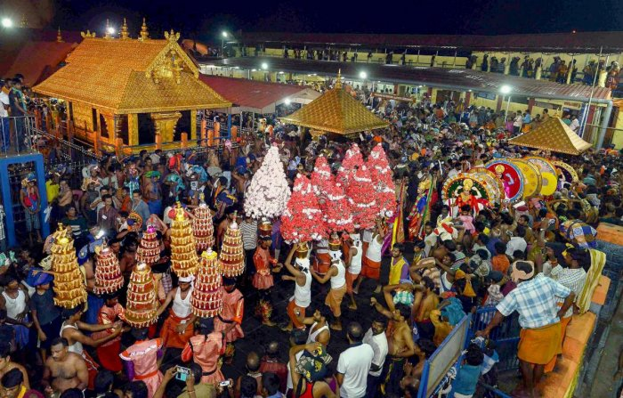 """The Kerala government on Monday said it was """"impractical"""" to have separate queues for women at Sabarimala, though it decided to facilitate their visits to the Ayyappa temple by providing better facilities. PTI file photo"""