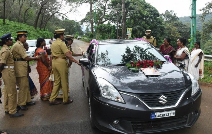 Women protesters check Sabarimala bound vehicles at Nilakkal to ensure that no women in the age group between 10 and 50 are going to Lord Ayyappa temple in dense forests at Sabarimala, on Tuesday, October 16,2018. (PTI Photo)